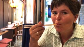 mti Stäbchen essen - gar nicht so schwer!