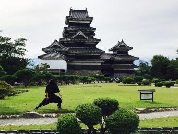 Burg Matsumoto mit Ninja