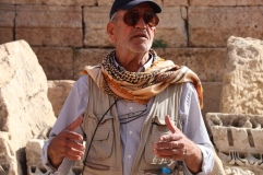 Reiseleiter Omar